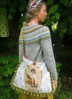 Knitting Designs, Knitting Projects, Crochet Projects, Style Norvégien, Knitting Patterns, Crochet Patterns, Norwegian Knitting, Tapestry Bag, Fair Isle Pattern