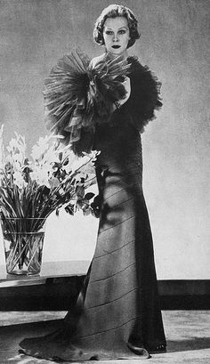 """Les Modes (Paris) 1935 Robe du Soir par Lucien Lelong """"He did not design himself, but worked through his designers,"""" wrote Christian Dior, who was a member of the Lelong team from 1941 until 1946, during which time he created the collections in collaboration with Pierre Balmain"""
