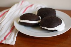 Classic whoopie pies with marshmallow cream