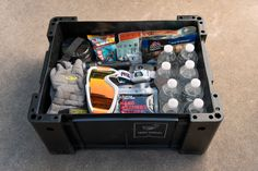 Emergency Preparedness Kit, Survival Prepping, Emergency Planning, Survival Items, Survival Skills, Winter Car Kit, Insulated Gloves, Cold Weather Gear, Car Kits