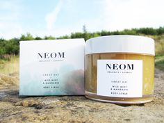 NEOM Organics Great Day Wild Mint & Mandarin Body Scrub Marmalade, Body Scrub, Organic Beauty, Candle Jars, Scrubs, Lifestyle Blog, Beauty Makeup, Beauty Products, Spa
