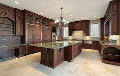 Grand Traditional Kitchen Design