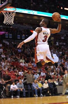 With the drastic changes that Miami Heat have gone through this off-season, Dwyane Wade looks to silence the critics this season by leading his team like he's done his entire career! Miami Heat Basketball, I Love Basketball, Basketball Pictures, Basketball Legends, Nike Basketball, Basketball Players, Slam Dunk, Lebron James, Michael Jordan