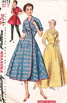 Robe lounge house wear wrap style vintage fashion dress tunic Simplicity Pattern 4474 Vintage Simple To Make - Wrap Housecoat, House Dress, Lounge Coat! Lingerie Patterns, Vintage Dress Patterns, Clothing Patterns, Moda Vintage, Vintage Mode, Style Vintage, 1950s Style, Vintage Outfits, Vintage Dresses