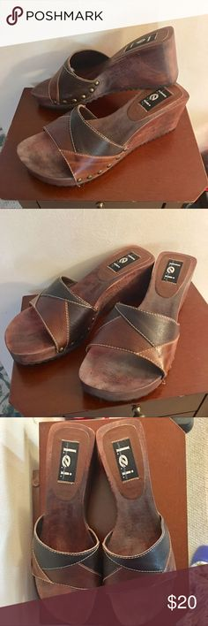 ❤️ l.e.i. Retro Leather Wedges Totally cute and RETRO l.e.i. brown leather wedges. 2.5 inch wooden heel. Rubber waffle sole. EUC. Smoke free. Bundle for additional savings. 🛍💝 lei Shoes Wedges