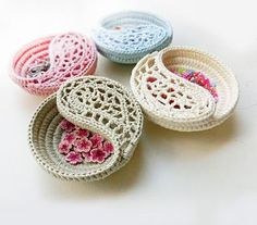 "Two versions of this pattern are sold separately. The 4"" and the 6"" dish."