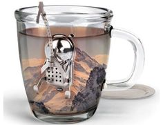 Steep your tea with an infuser that lives life on the edge of your cup.  Cliff the climber is easy to use and clean and you can rest him on the included dip tray when your tea is steeped. Made of stainless steel Measures 2.5 by 3.5 by 2.5-Inch Please allow 3-7 days for shipping.