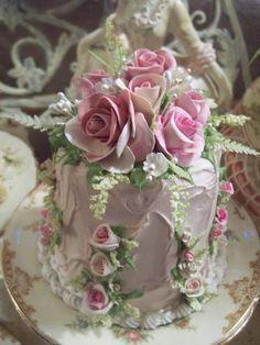 .cake topper