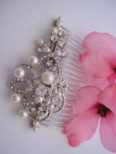 Vintage Style Wedding Hair Comb,Pearl Bridal Hair Accessories,Rhinestone Bridal Hair Comb,Wedding Hair Accessories,Bridal hair comb