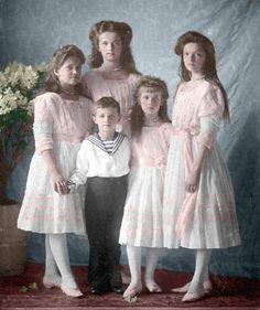 Amoo... <3 Irmãos Romanov