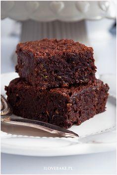 Brownie z cukinii - I Love Bake Baking, Desserts, Food, Tailgate Desserts, Deserts, Bakken, Essen, Postres, Meals