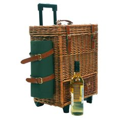 A Place to Bee :: luxury picnic hamper!