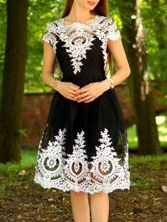 Vintage Women's Lace Square Neck Short Sleeve Dress