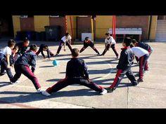 Juegos Educación Física - Gol Con La Mano - YouTube                                                                                                                                                      Más