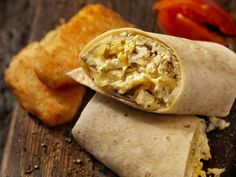 Start your day off right with egg recipes that are both nutritious and warming, from cheesy scrambles to loaded breakfast sandwiches. Egg Recipes For Breakfast, Delicious Breakfast Recipes, Easy Healthy Breakfast, Healthy Toddler Meals, Egg Rolls, Scrambled Eggs, Relleno, Lunch, Ethnic Recipes