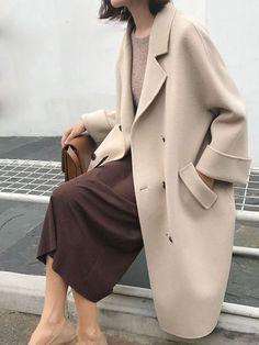 Coat Outfit, Coat Dress, Black Women Fashion, Womens Fashion, Parisian Girl, Parisian Style, Winter Stil, Elegantes Outfit, Fashion Project