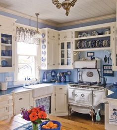 Rectro Blue and White Kitchen — Country Woman Magazine