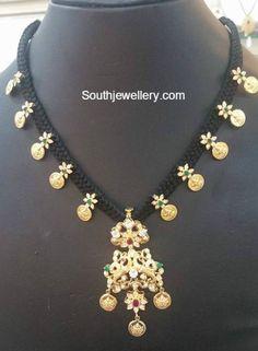 lakshmi kasu thread necklace