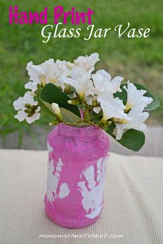 Hand Print Glass Jar Vase.  A great homemade gift idea for kids to make.  #homemadegifts #kidscrafts #kids #handprints #children