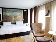 Hotel Room Mate Kerem
