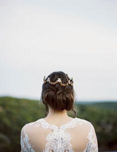When you look and feel like a bohemian queen… Loving this simple updo.   Photography: @juliannavarettephoto Design & Styling: @_lauren_field Florals: @valerie.wolf Venue: @villa_Antonia Hair & Makeup: @daneudas Crown and Jewelry: @mariaelenaheadpieces Ribbon: @froufrouchic Model: @gialitt  #ClairePettibone #uniqueweddingdress #laceweddingdress #prettyback #bohobride #weddinghair #updo #indiebride #weddingcrown