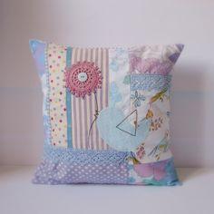 Roxy Creations: Cushion