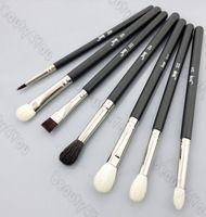 Pinceles para los ojos básico Da sombra mezcla ángulo Delineador de ojos ahumados pincel de maquillaje floración Negro / Plata
