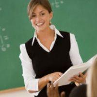 encourage critical thinking among students