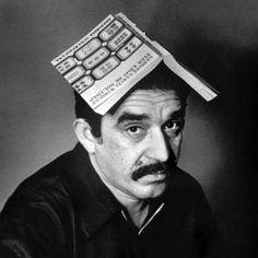 """""""Los seres humanos no nacen para siempre el día en que sus madres los alumbran, sino que la vida los obliga a parirse a sí mismos una y otra vez""""  Gabriel García Márquez"""