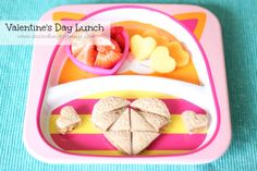 Thought this was cute for a little girls Valentine's Day Themed Lunch! #pinteresting