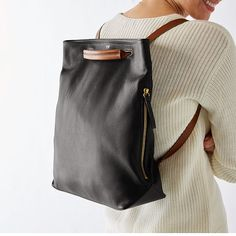 Bedford Convertible Backpack – Purses And Handbags Diy Backpack Travel Bag, Backpack Purse, Mochila Tutorial, Sacs Design, Brown Backpacks, Leather Backpacks, Personalized Backpack, Bags Online Shopping, Convertible Backpack