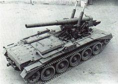 Crusader 5.5 inch gun SP - self-propelled artillery based on Cruiser Mk VI Crusader chassis.
