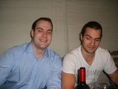 Henry e seu irmão Simon!!!! #AlwaysHenryCavill