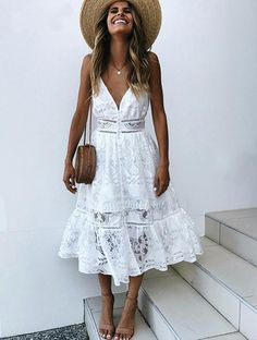 Sexy Long Dress Lace V Neck Straps Slip Dress - Opus Vintage Sexy Long Dress, Sexy Summer Dresses, Summer Dress Outfits, White Dress Summer, Summer Fashion Outfits, Chic Outfits, Sexy Dresses, Winter Outfits, White Boho Dress