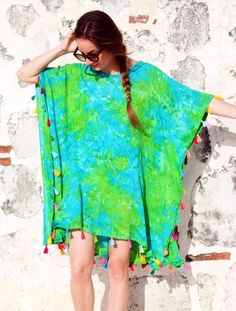 Make a Caftan beach cover-up with this simple tutorial from WeAllSew.