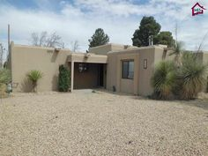 3512 Elks Drive, Las Cruces, NM, 88005 -- Homes For Sale  I like this minus the pool