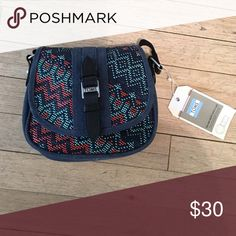 TOMS Raffia cross body Super cute TOMS bag. New with tags. Toms Bags Crossbody Bags