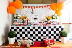 Adriana Gaspar e Marcela Castro Festa Hot Wheels, Advent Calendar, Birthdays, Birthday Parties, Table Decorations, Holiday Decor, Kids, Gabriel, Home Decor
