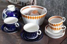 Arabia Finland, vintage cups Kitchenware, Tableware, Vintage Cups, My Cup Of Tea, Scandinavian Home, Marimekko, Places To Eat, Kitchen Interior, Ceramic Pottery