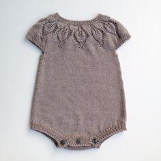 Knitted Baby, Baby Knitting Patterns, Dahlia, Rompers, Baby Shower, Children, Mini, Instagram Posts, Girls