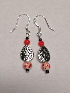Homemade Coral Colored Earrings by DayDreamingDecor on Etsy, $10.00