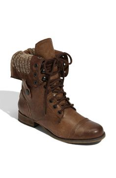 Cablee Boot in Brown Leather by Steve Madden @ Apparel Addiction - Military Boot - Midcalf - Combat - Lace-up - Combat Cute Shoes, Me Too Shoes, Look Fashion, Fashion Shoes, Girl Fashion, Fashion Models, Over Boots, Quoi Porter, Shoe Gallery
