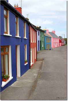 Colored Irish Houses (by Manon van der Lit) Dublin, The Places Youll Go, Places To Go, Colourful Buildings, Colorful Houses, Irish Cottage, Ireland Travel, Cork Ireland, Emerald Isle