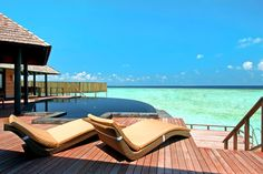 #Finnmatkat Places Around The World, Around The Worlds, I Want To Travel, World Traveler, Resort Spa, Beautiful Places, Amazing Places, Maldives, Sun Lounger