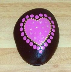 New Hand Painted beach Pebble, stone, rock, pink heart 5x7cm, birthday gift | eBay
