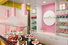 pink bakery interior - Buscar con Google