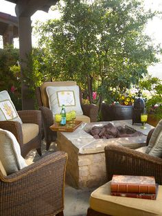 patio There are few things more welcoming in an outdoor space than a fire pit. Fortunately, these amenities come in shapes and sizes to fit nearly every budget and landscape style. Here are 10 fire pit ideas to inspire you to fit one in your landscape. Fire Pit Backyard, Backyard Patio, Backyard Landscaping, Cozy Patio, Backyard Seating, Outdoor Rooms, Outdoor Living, Outdoor Furniture Sets, Outdoor Decor