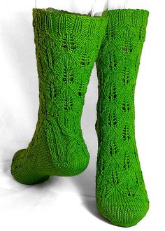 Completed! Beautiful Pattern :) Start date: July 6, 2016 Completion date: August 2, 2016 Pattern: Apple Leave Socks (Toe Up) Yarn: Pure Wollmeise Needles: Circs US 1.5 --- margym (Ravelry Name) said.