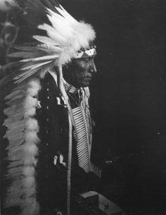 John Crow - Mniconjou - 1913