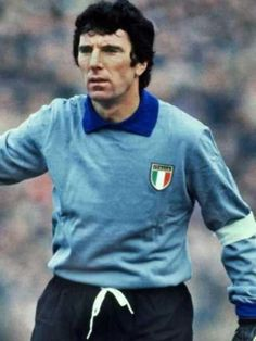 Dino Zoff of Italy in 1974.
